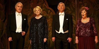 Billy Connolly, Maggie Smith, Tom Courtenay, Pauline Colllins in Quartet.
