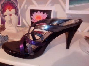 These are the heels, an op shop bargain the Goddess would applaud!